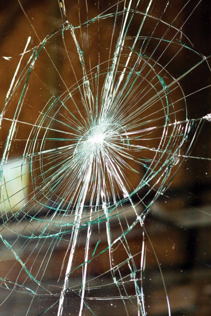 Wreck (broken windshield)