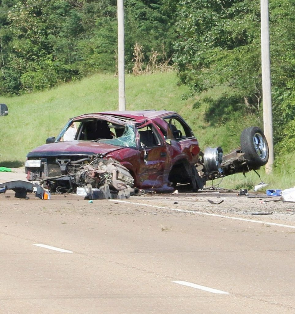One killed, two injured in Monday afternoon crash #3