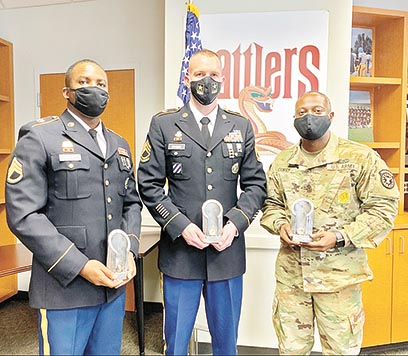 United States Army recruiting centers recently competed for awards based on recruitment, knowledge and degrees of professionalism. Sgt. First Class Jeffrey Steinman (Center) of Martin recently earned the Station Commander of the Quarter award in Baton Rouge, Louisiana on behalf of the Tupelo, Mississippi, Recruiting Center. Alongside Steinman, and also a team member with the Tupelo Recruiting Center, First Sgt. William Curry (Right) was awarded the First Sergeant of the Quarter Award. Pictured with the two is Staff Sgt. Scott from the Shreveport Recruiting Company.